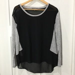 Umgee black sheer hi low top grey sleeves small